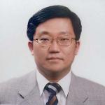 Профессор Квон Те Кен