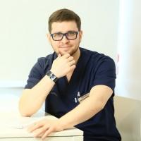 Пластический хирург Данила Лупин