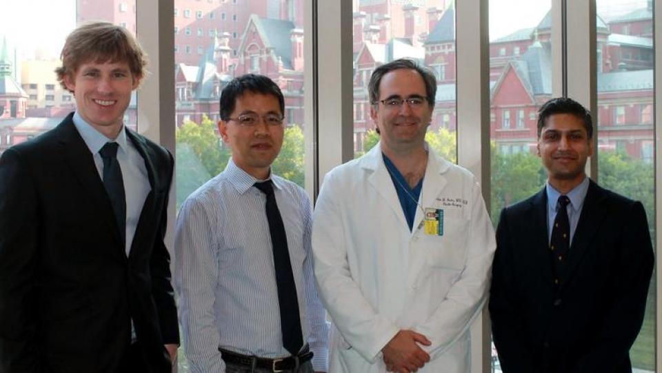 Исследовательская группа в Медицинской школе Университета Джона Хопкинса