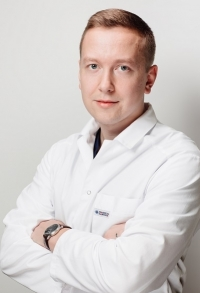 Пластический хирург Александр Зайцев