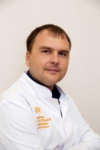 Пластический хирург Дмитрий Обыденнов