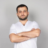 Пластический хирург Карен Пайтян