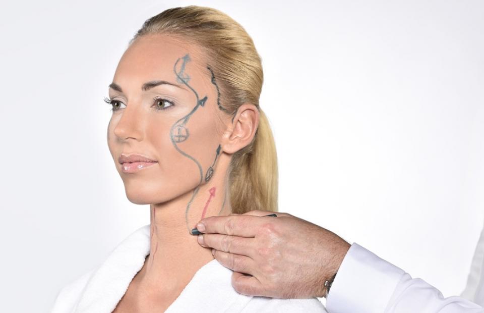 Подтяжка лица и шеи хирургическим путем