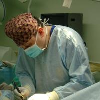Пластический хирург Константин Клименко на операции